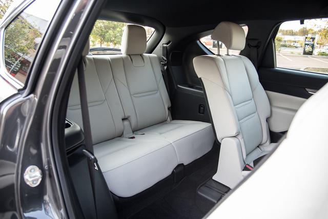 Đại lý nhận đặt cọc Mazda CX-8, giá tạm tính từ 1,15 tỷ đồng, đe doạ Hyundai Santa Fe - Ảnh 3.