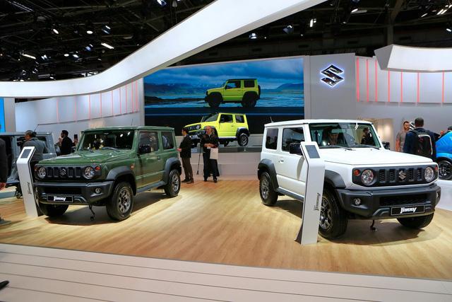 Suzuki Jimny được săn đón tại Paris Motor Show - Ảnh 2.