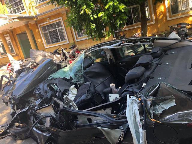 Hình ảnh xe Mazda3 nát bét sau tai nạn trên cao tốc Hạ Long - Hải Phòng gây ám ảnh - Ảnh 4.