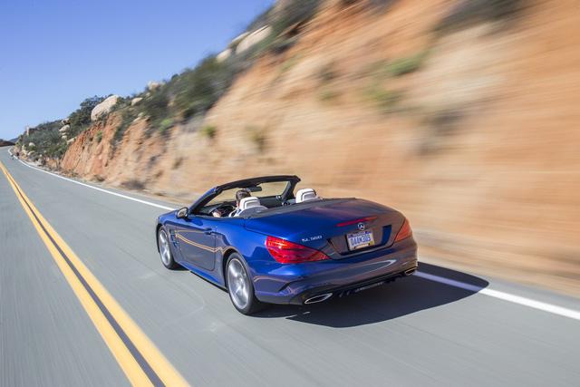 Mercedes-Benz SL thế hệ mới chốt lịch ra mắt với công nghệ mới đi kèm - Ảnh 2.
