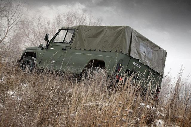 Ngắm xe địa hình quân sự dùng cầu xe Ford Explorer giống hệt UAZ huyền thoại - Ảnh 4.