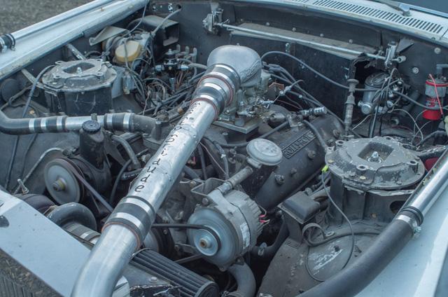 Xe siêu sang Rolls-Royce độ như xe phế liệu, dùng hộp số Ford, vành Porsche - Ảnh 2.