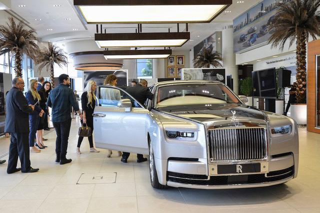 Rolls-Royce Phantom VIII đầu tiên Việt Nam sắp xuất hiện ngay trong tháng này - Ảnh 2.