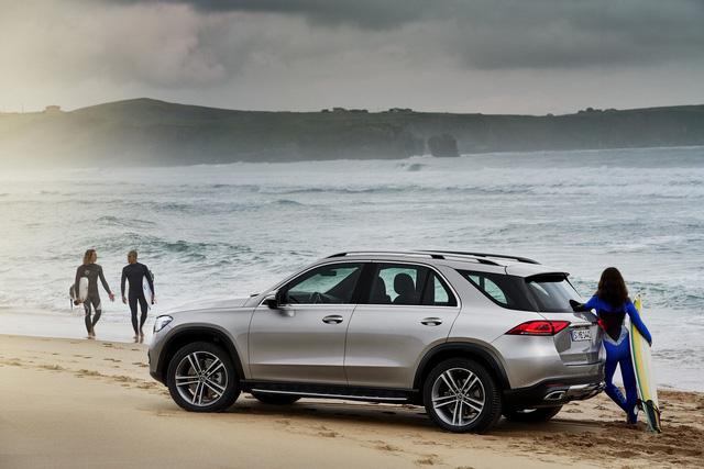 Màn nhún nhảy cho thấy khả năng offroad phi thường của Mercedes-Benz GLE mới - Ảnh 2.