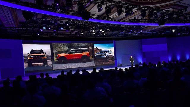 SUV cỡ nhỏ hoàn toàn mới của Ford lộ ảnh chính thức đầu tiên - Ảnh 1.