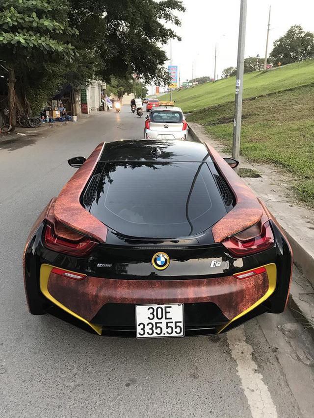 Siêu xe BMW i8 gỉ sét mang vành vàng độc nhất Việt Nam - Ảnh 7.