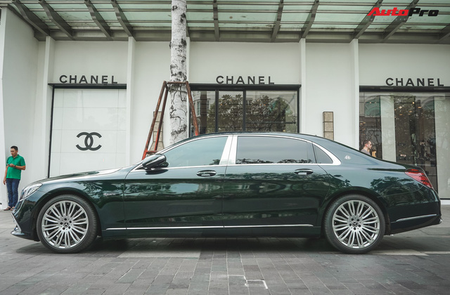 Chiếc Mercedes-Maybach S450 màu xanh diệp lục ngỡ song sinh với xế độc của ca sỹ Bích Phương - Ảnh 6.
