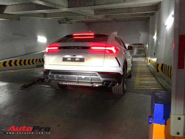 Minh nhựa chính thức tậu Lamborghini Urus về nhà riêng - Ảnh 5.
