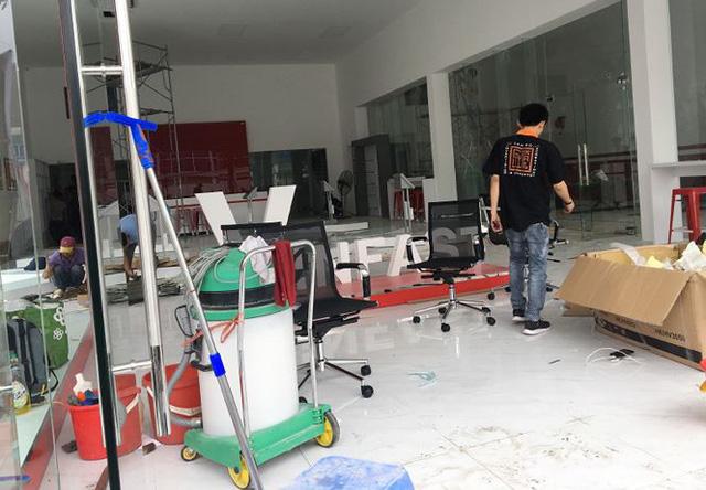Xe máy điện VinFast Klara đã tới đại lý ở Hà Nội - Ảnh 9.
