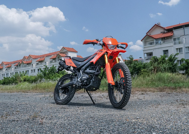 Thêm hai mẫu xe côn tay giá rẻ mới có mặt tại Việt Nam - Ảnh 4.