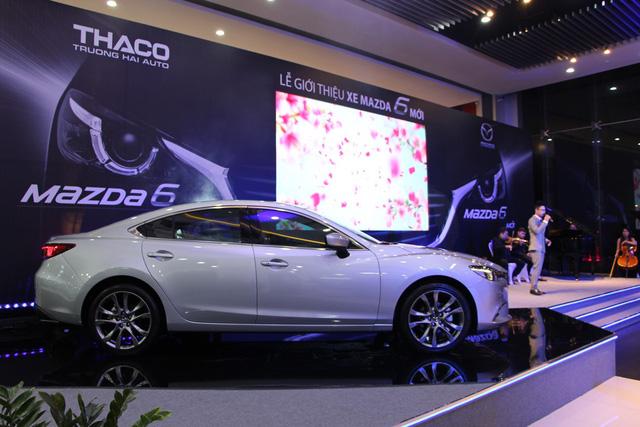 Giá từ 800 triệu, VinFast Lux A2.0 phả hơi nóng vào Toyota Camry, Mazda6 tại Việt Nam - Ảnh 4.