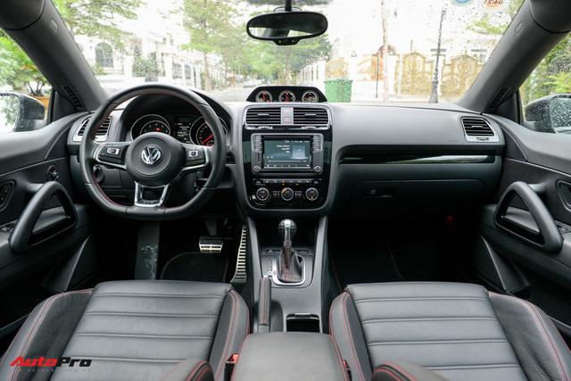 Đánh giá Volkswagen Scirocco GTS - hatchback nổi loạn cho người giàu Việt - Ảnh 10.