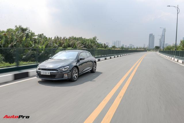Đánh giá Volkswagen Scirocco GTS - hatchback nổi loạn cho người giàu Việt - Ảnh 14.