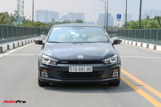 Đánh giá Volkswagen Scirocco GTS - hatchback nổi loạn cho người giàu Việt - Ảnh 3.