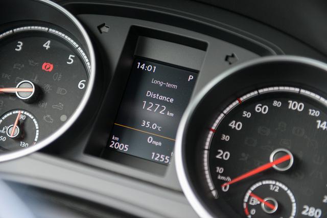 Đánh giá Volkswagen Scirocco GTS - hatchback nổi loạn cho người giàu Việt - Ảnh 12.