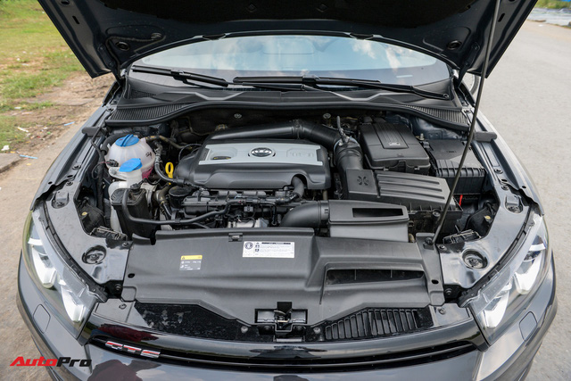 Đánh giá Volkswagen Scirocco GTS - hatchback nổi loạn cho người giàu Việt - Ảnh 5.
