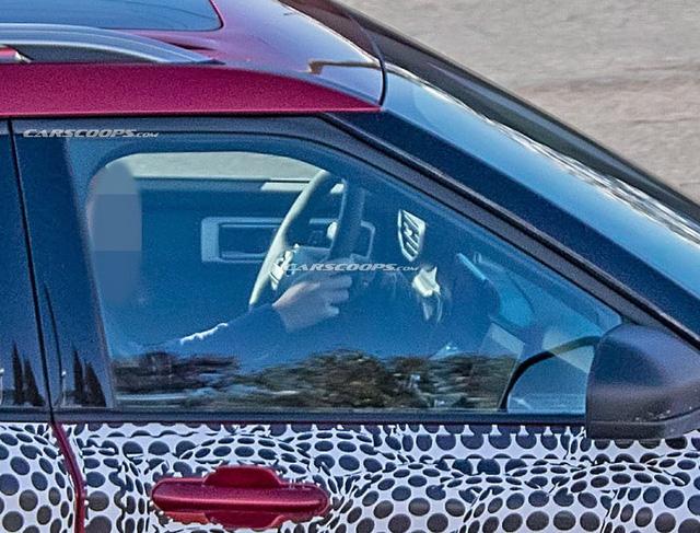 Ford Explorer 2020 lộ mặt với phong cách Toyota Highlander - Ảnh 3.