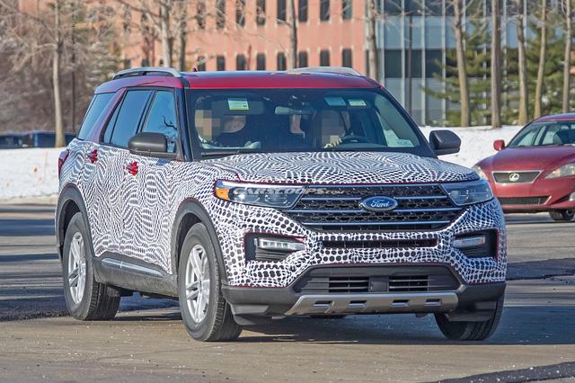 Ford Explorer 2020 lộ mặt với phong cách Toyota Highlander - Ảnh 2.