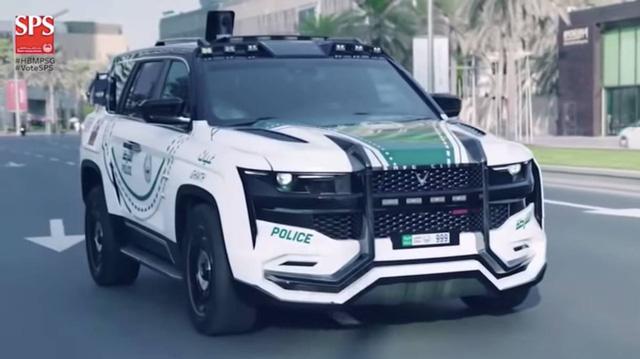 Khám phá xe cảnh sát hiện đại nhất thế giới của Dubai