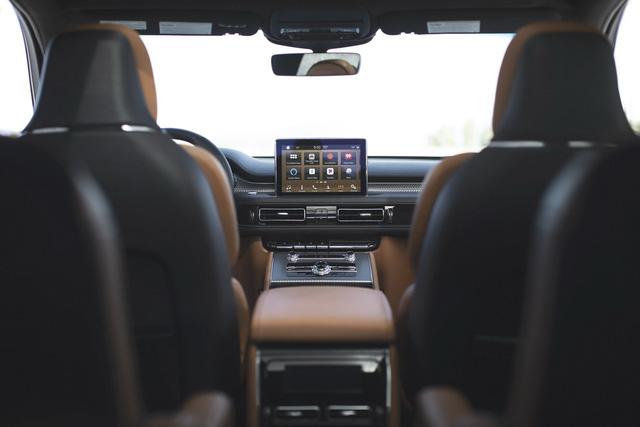 Lincoln Aviator – SUV sang chung khung gầm Ford Explorer cạnh tranh Audi Q7, Volvo XC90 trình diện - Ảnh 7.