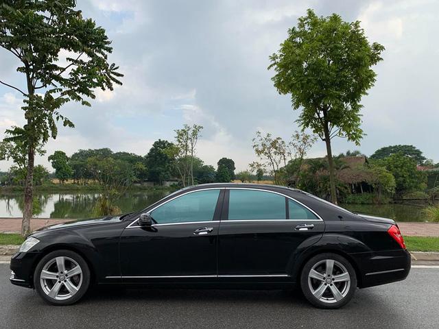 8 năm tuổi, Mercedes-Benz S500 rẻ hơn cả Mercedes-Benz C200 mua mới - Ảnh 2.