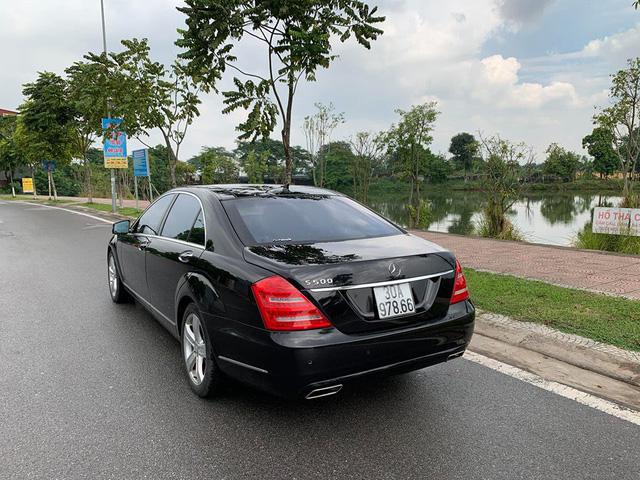 8 năm tuổi, Mercedes-Benz S500 rẻ hơn cả Mercedes-Benz C200 mua mới - Ảnh 3.
