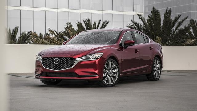 """Mazda bất ngờ hé lộ mẫu xe hoàn toàn mới khi chê nhiều đối thủ như """"tủ lạnh, không phải xe 4 bánh"""""""