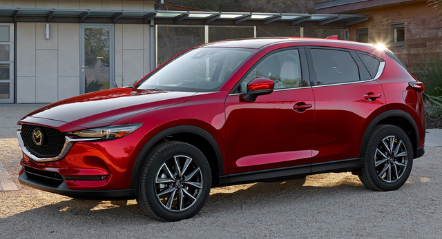 Mazda bất ngờ hé lộ mẫu xe hoàn toàn mới khi chê nhiều đối thủ như tủ lạnh, không phải xe 4 bánh - Ảnh 1.