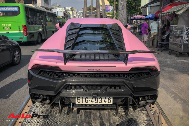 Lamborghini Huracan màu hồng nữ tính của đại gia Bạc Liêu - Ảnh 10.