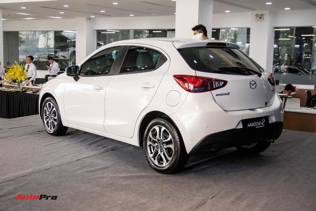 Đánh giá nhanh Mazda2 2018: Nước sơn mới đẹp, nội thất cao cấp bậc nhất phân khúc - Ảnh 15.