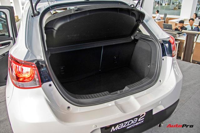 Đánh giá nhanh Mazda2 2018: Nước sơn mới đẹp, nội thất cao cấp bậc nhất phân khúc - Ảnh 7.