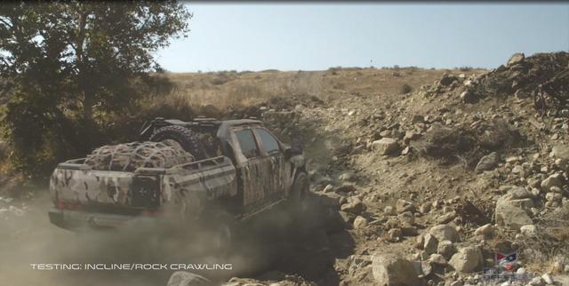 Quái vật bán tải Chevrolet Silverado ZH2 thách thức mọi địa hình - Ảnh 7.
