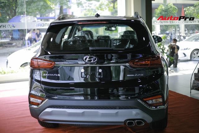 Chi tiết Hyundai Santa Fe 2019 bản cao nhất với giá dự kiến 1,3 tỷ đồng tại đại lý - Ảnh 1.