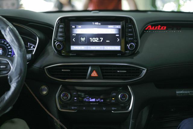 Chi tiết Hyundai Santa Fe 2019 bản cao nhất với giá dự kiến 1,3 tỷ đồng tại đại lý - Ảnh 11.
