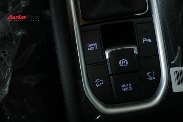 Chi tiết Hyundai Santa Fe 2019 bản cao nhất với giá dự kiến 1,3 tỷ đồng tại đại lý - Ảnh 13.