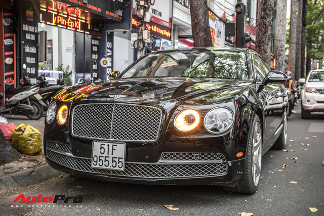 Xe siêu sang Bentley Flying Spur W12 biển số tứ quý 5 của đại gia Sài Gòn - Ảnh 4.