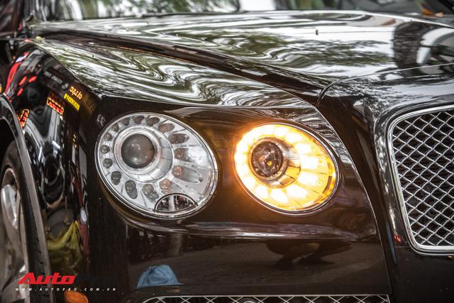 Xe siêu sang Bentley Flying Spur W12 biển số tứ quý 5 của đại gia Sài Gòn - Ảnh 5.
