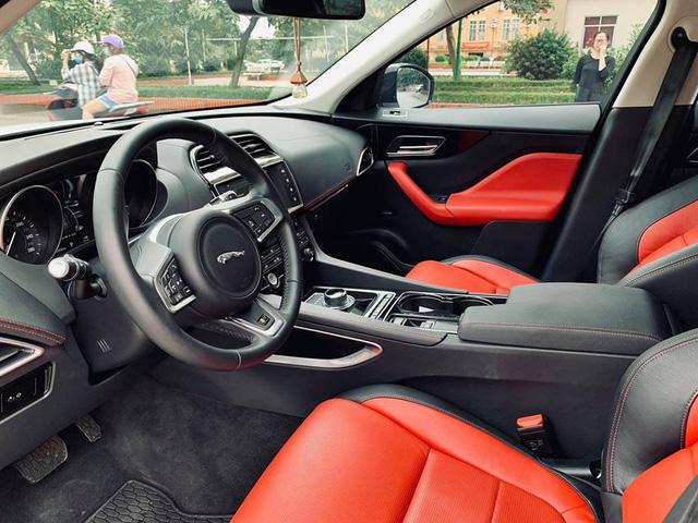 Mới lăn bánh 868 km, Jaguar F-Pace R-Sport đã bị đại gia Việt bán vội với giá trên 4 tỷ đồng - Ảnh 10.