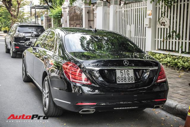 Đại gia Sài Gòn sắm Mercedes-Benz S400 biển 688.88 sánh đôi với Lamborghini Huracan 688.88 từng của Cường Đô-la - Ảnh 1.