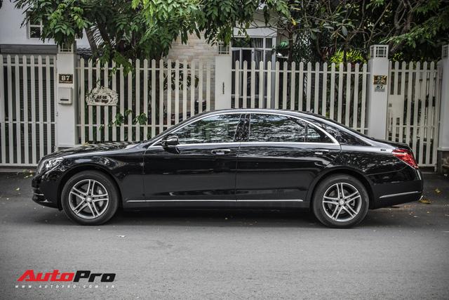 Đại gia Sài Gòn sắm Mercedes-Benz S400 biển 688.88 sánh đôi với Lamborghini Huracan 688.88 từng của Cường Đô-la - Ảnh 4.