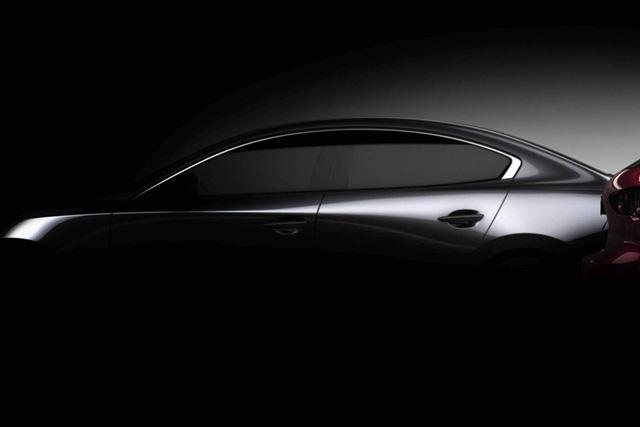 Bộ đôi Mazda3 2019 lộ diện trước ngày ra mắt - Ảnh 2.