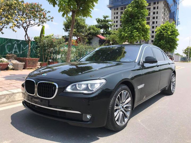 BMW 7-Series rẻ ngang BMW 3-Series sau 7 năm tuổi - Ảnh 6.