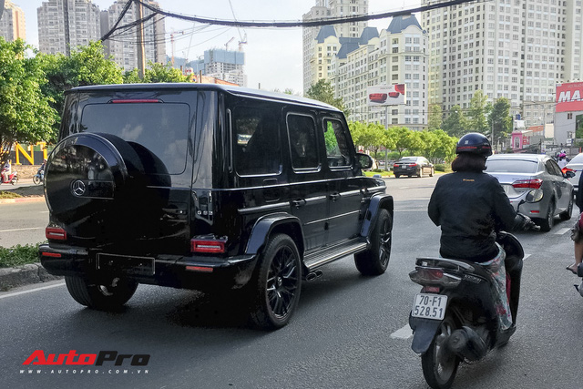 Mercedes-AMG G63 Edition 1 2019 xuất hiện trên phố Sài Gòn - Ảnh 1.