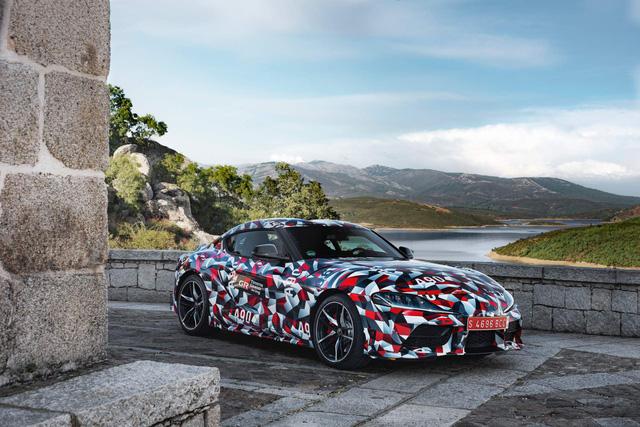 Toyota Supra 2020 hoàn chỉnh lộ mặt lần đầu tiên - Ảnh 3.