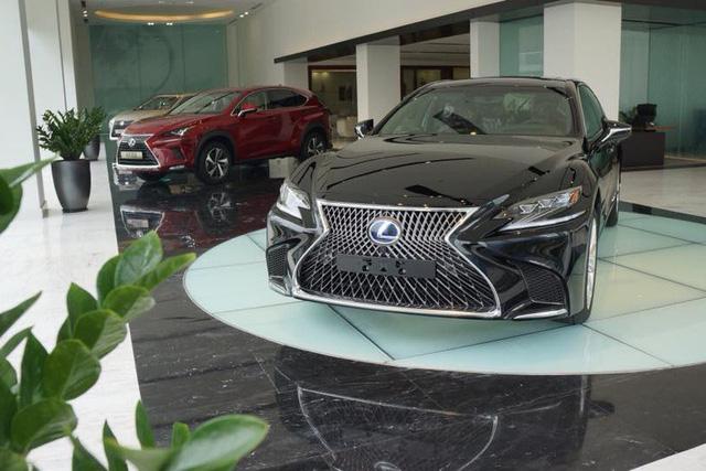 Nhiều dòng xe Lexus rục rịch tăng giá cả trăm triệu, giá LX570 cao nhất 8,18 tỷ đồng - Ảnh 2.