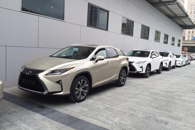 Nhiều dòng xe Lexus rục rịch tăng giá cả trăm triệu, giá LX570 cao nhất 8,18 tỷ đồng - Ảnh 1.