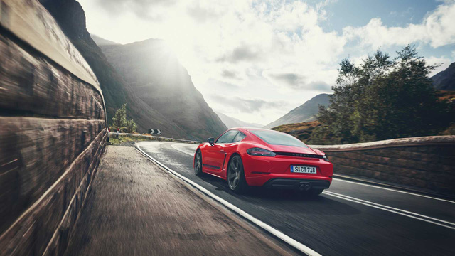 Porsche ra mắt phiên bản tầm trung cho 718 Cayman, Boxster - Ảnh 8.
