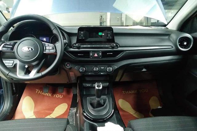 Lộ ảnh chi tiết nội, ngoại thất 2 phiên bản Kia Cerato 2019 tại đại lý trước ngày ra mắt - Ảnh 12.