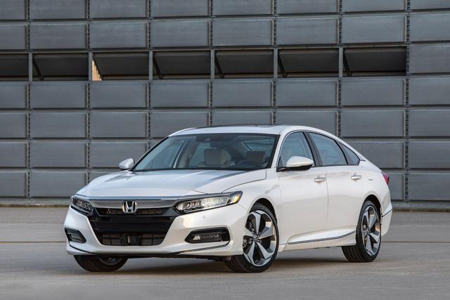 Đây là 10 mẫu sedan bán chạy nhất nước Mỹ trong năm 2018 - Ảnh 4.