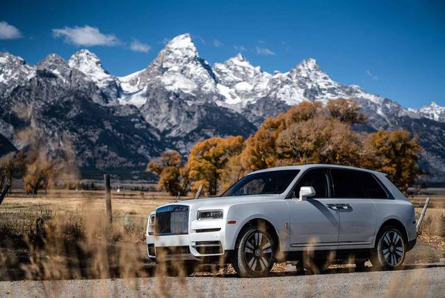 Mỗi người mua Cullinan có 7 chiếc xe khác: 5 sự thật thú vị xoay quanh Rolls-Royce Cullinan sau nửa năm ra mắt - Ảnh 2.
